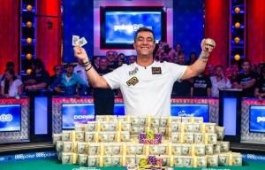 World_Champion_Hossein_Ensan_2019_WSOP_EV73_Final_Table_Giron_8JG4591