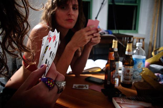 Покер на раздевание фото 144-913